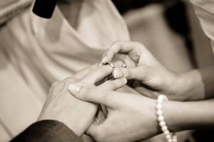 wedding-322034_640